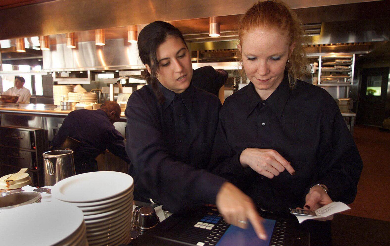 como_treinar_a_equipe_do_seu_restaurante_para_aumentar_vendas