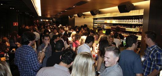 Bar 18 bar e restaurante para dia dos solteiros com sistema de automacao epoc