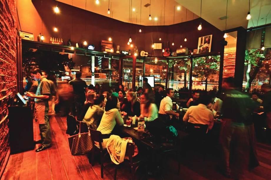 Eu tu eles bar e restaurante para dia dos solteiros com sistema de automacao epoc